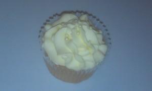 Lemon Creme Cupcake