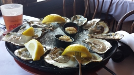 Oysters @ Bahrs Landing