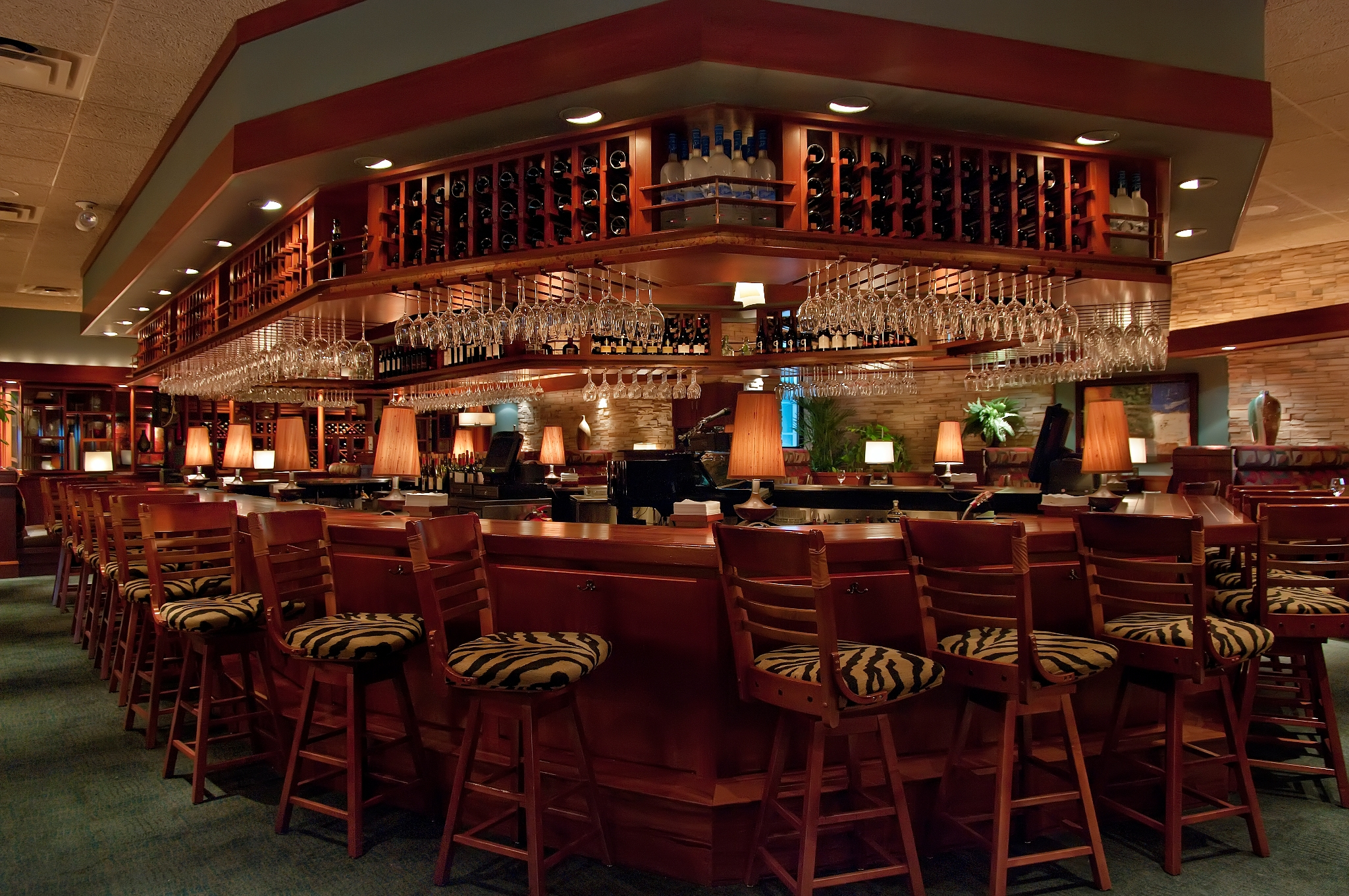 seasons 52 bar - Seasons 52 Garden City